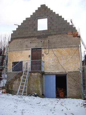 Home eco r habilitation d 39 une petite maison for Rehausser toiture